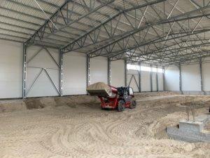 металоконструкції LLENTAB дозволяють швидко побудувати ангари, корівники, пташники, навіси для техніки, зерносховища, овочесховища, фруктосховища