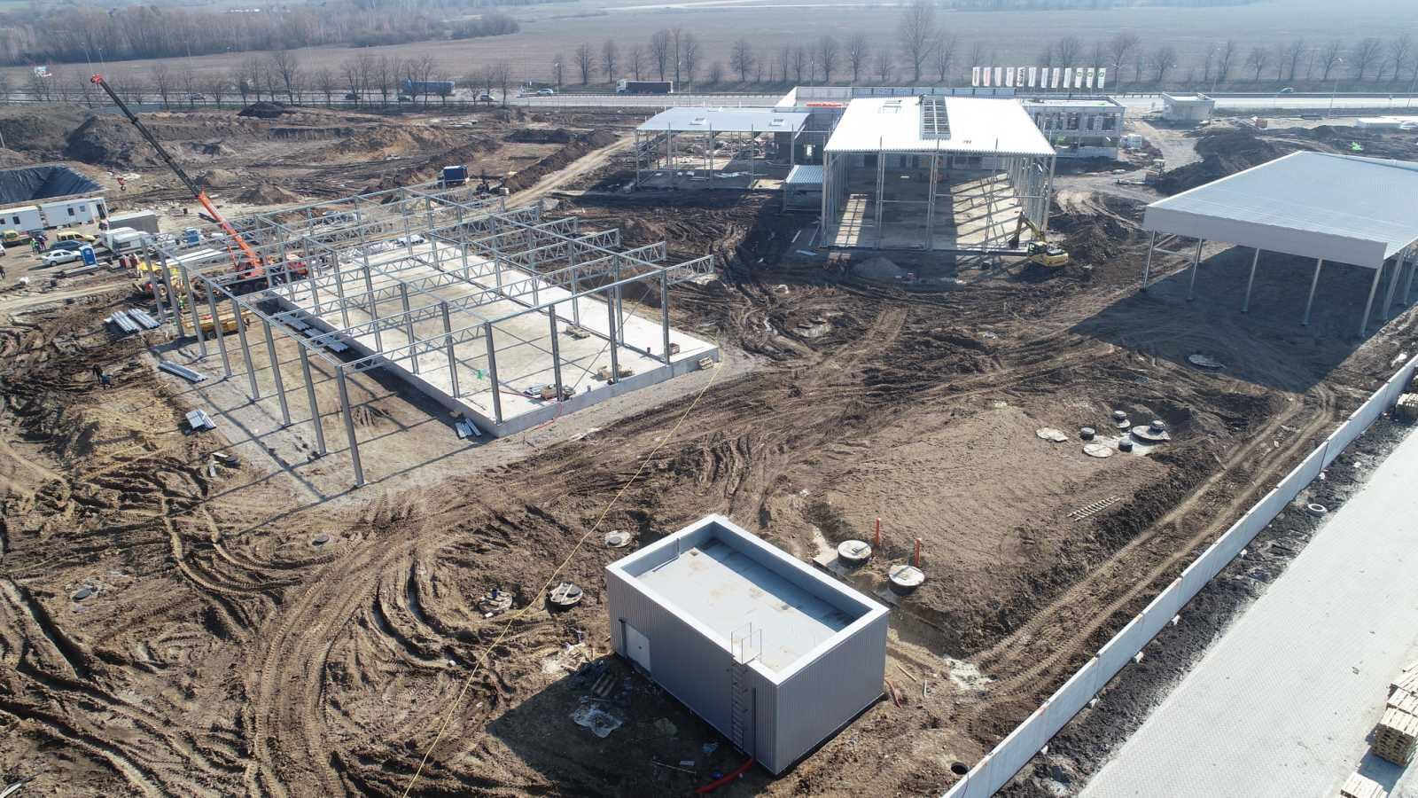 Будівництво трьох швидкомонтованих будівель LLENTAB